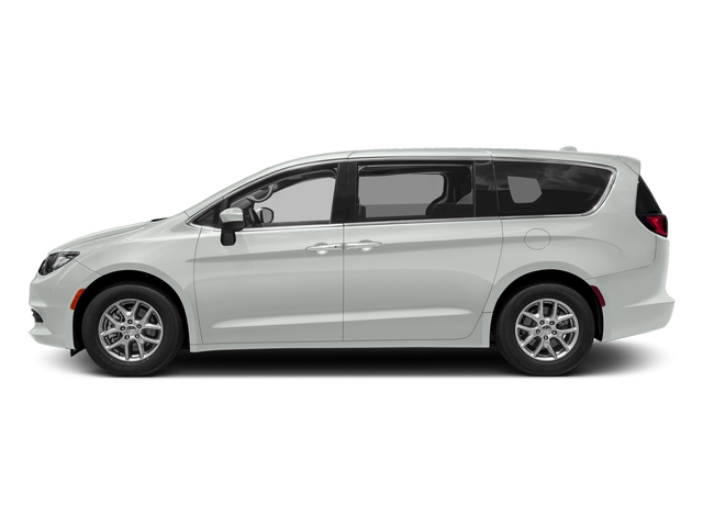 2017 Chrysler Pacifica Touring-L Plus photo