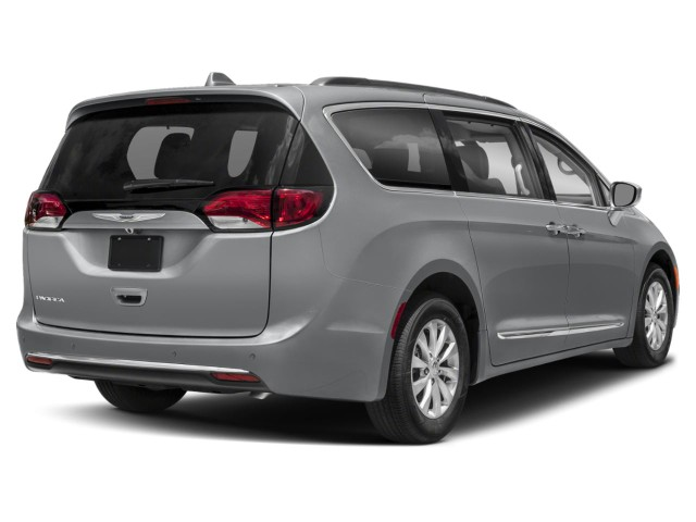 2020 Chrysler Pacifica Touring L FWD photo